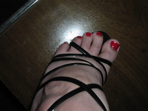 Black heels with red toes